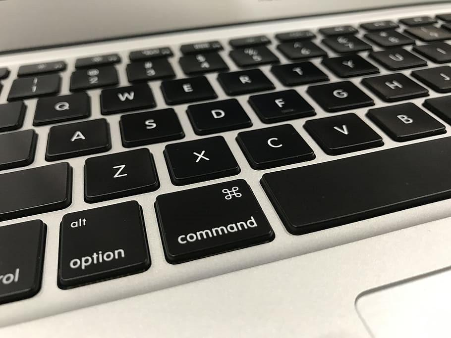 Performing touchpad commands